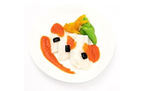 鮮魚のオーブン焼き カラーパプリカソース