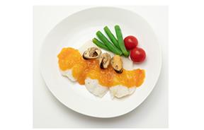 鮮魚のソテー ムール貝のブイヤベースソース