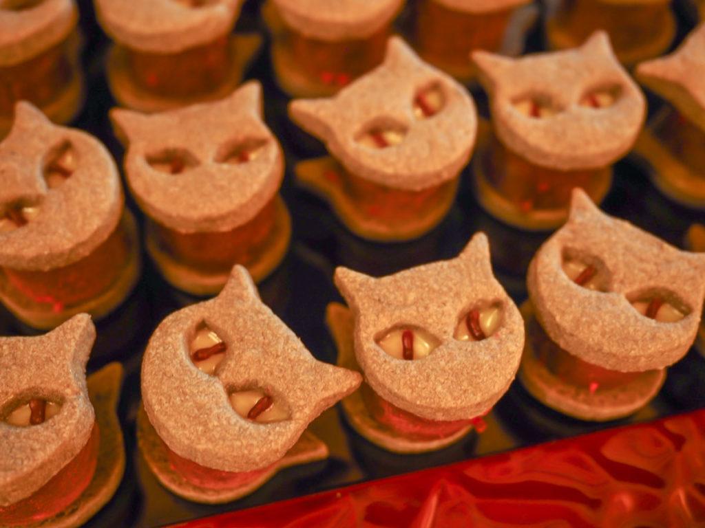 唐辛子入り生チョコの黒猫サンド