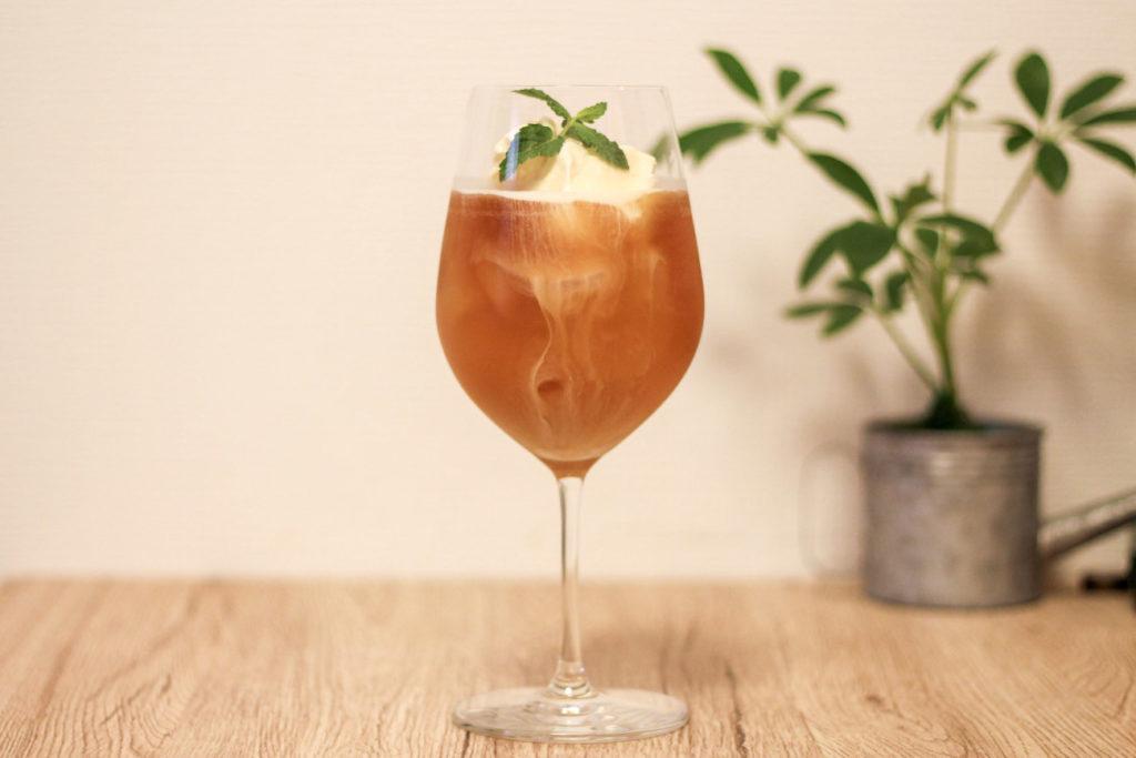 画像:おうち時間で楽しむカフェ風アレンジのアイスティー